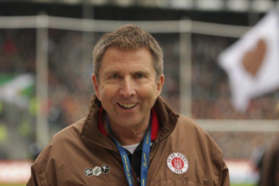 Rainer Wulff am Millerntor vorm HSV-Derby (Foto Antje Frohmueller)